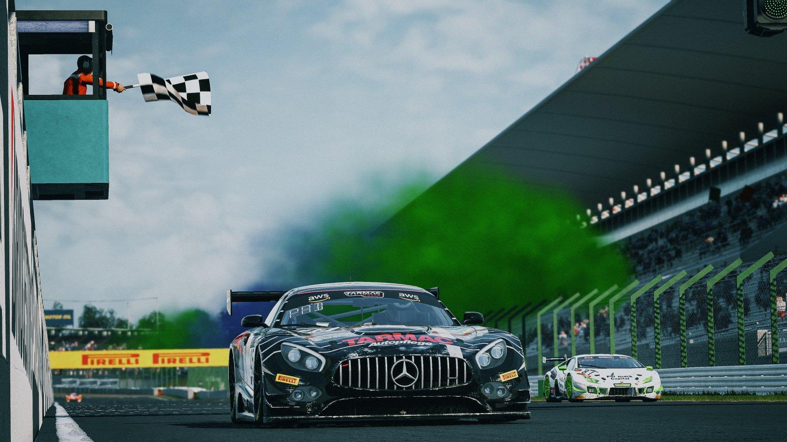 45 Duvashen Padayachee Mercedes AMG GT3 Tarmac eMotorsports
