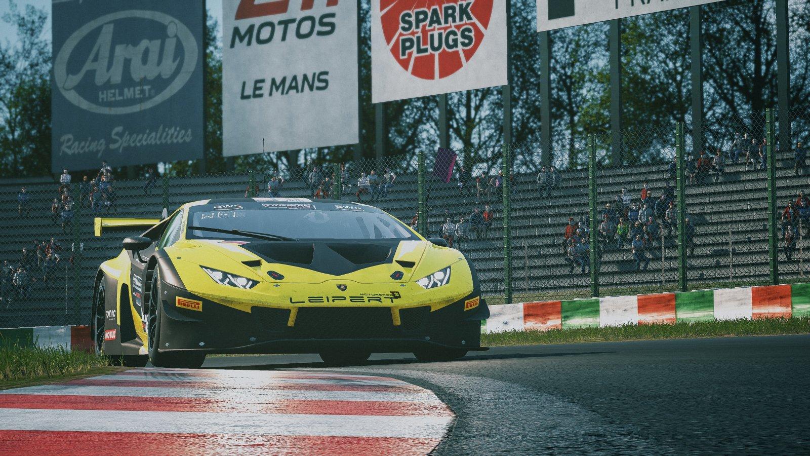 18 Dan Wells Lamborghini Huracan GT3 Evo Leipert Motorsport