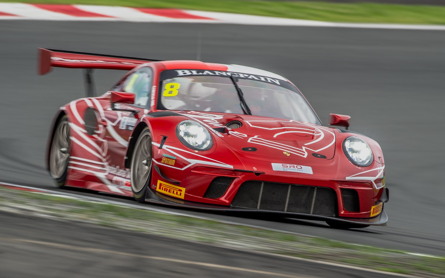 Rump's Audi and Kamimura's Porsche share pole positions at Shanghai